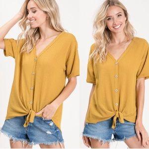 Tops - Waffle knit mustard yellow top.